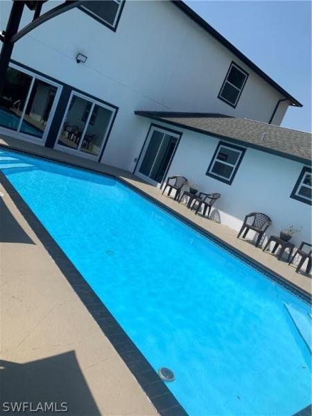 2213 Ne 15th Place, Cape Coral, Fl 33909