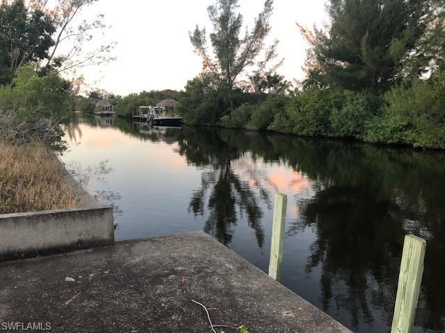130 Nw 38th Place, Cape Coral, Fl 33993