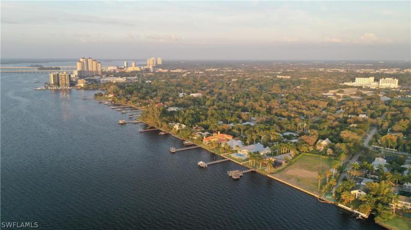 1301 Poinciana Avenue, Fort Myers, Fl 33901