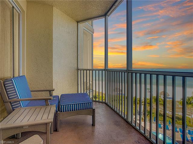 For Sale in WHITE SAND VILLAS FORT MYERS BEACH FL