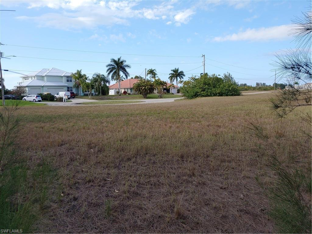 2303 Nw 44th Place, Cape Coral, Fl 33993