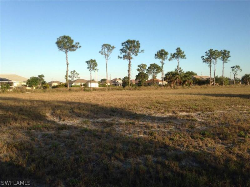 2713 Nw 26th Place, Cape Coral, Fl 33993