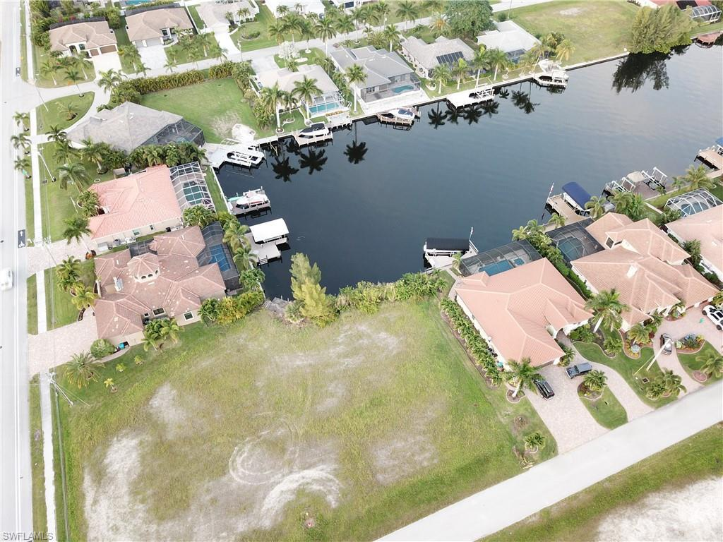 2725 Sw 43rd Terrace, Cape Coral, Fl 33914
