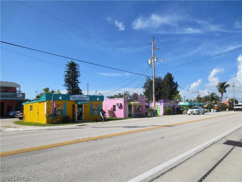 2311 Nw 35th Avenue, Cape Coral, Fl 33993