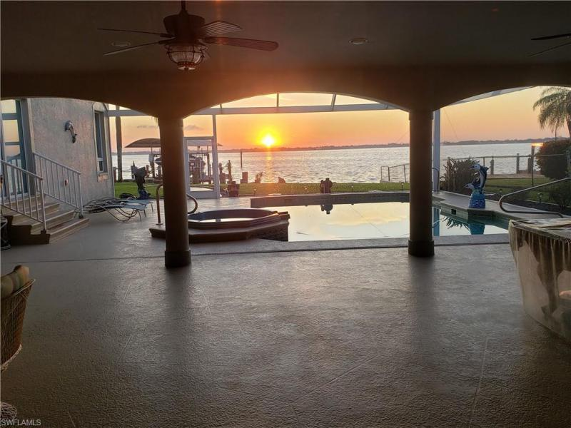 3611 Se 21st Place, Cape Coral, Fl 33904