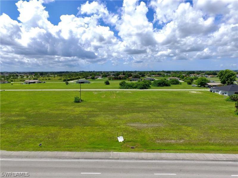 1418 Diplomat Parkway, Cape Coral, Fl 33909