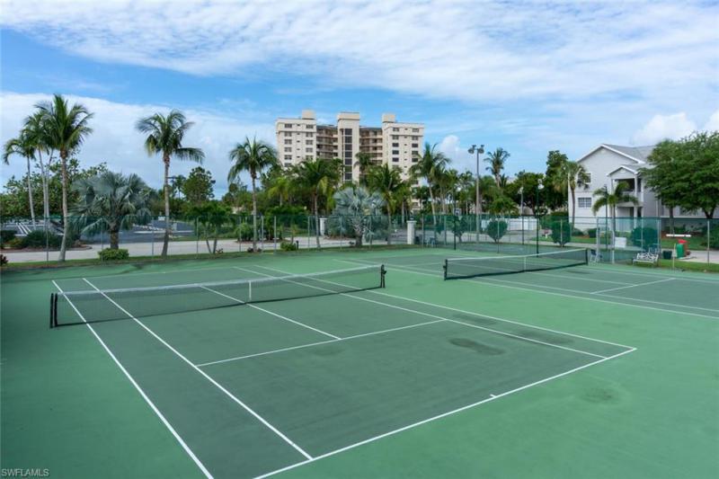 18086 San Carlos Boulevard #825, Fort Myers Beach, Fl 33931