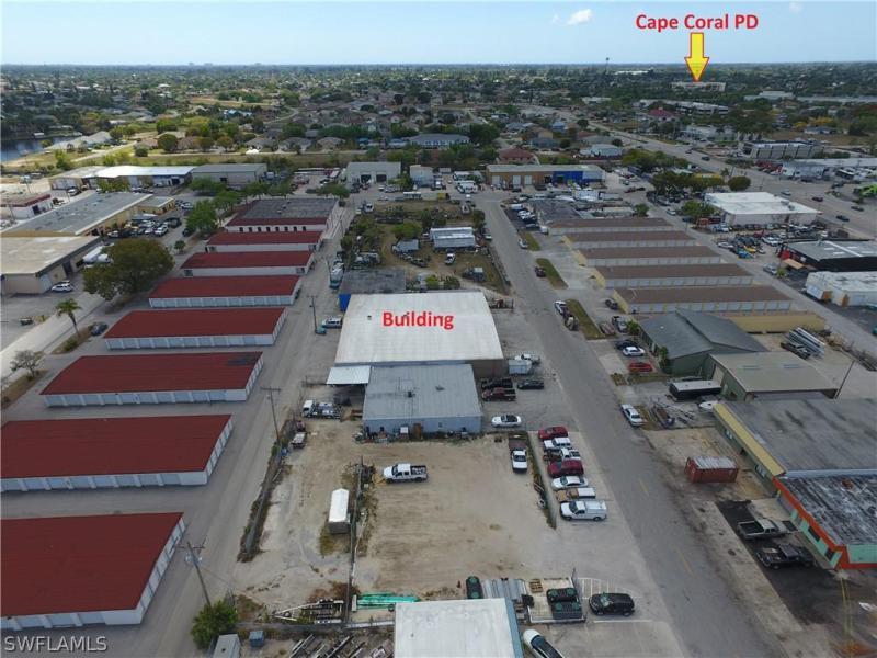 1105 Se 12th Avenue, Cape Coral, Fl 33990