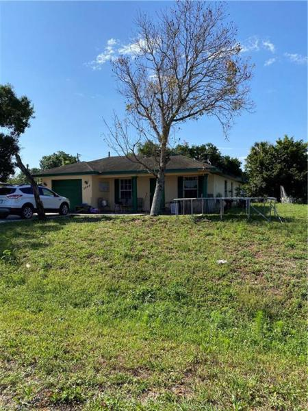 For Sale in SANTA ANNA PARK FORT MYERS FL