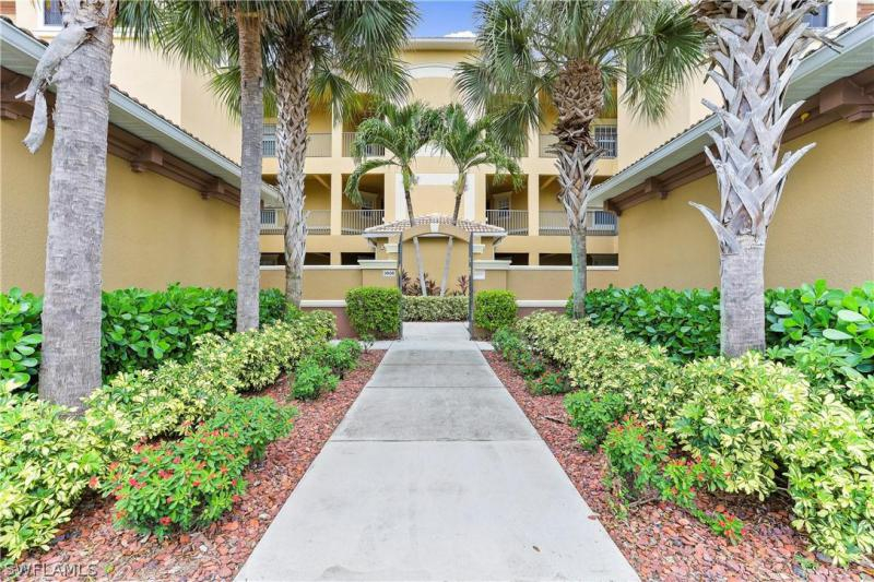 For Sale in TUSCANY COURT CAPE CORAL FL