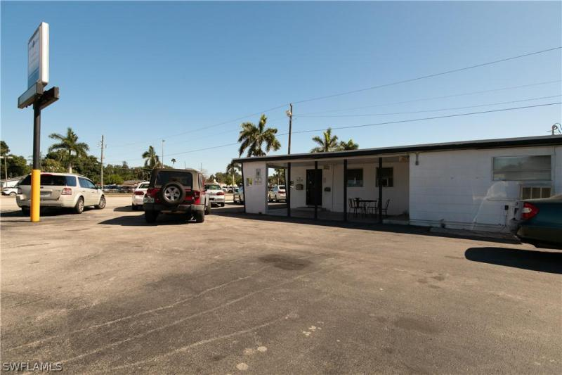 For Sale in  FORT MYERS FL