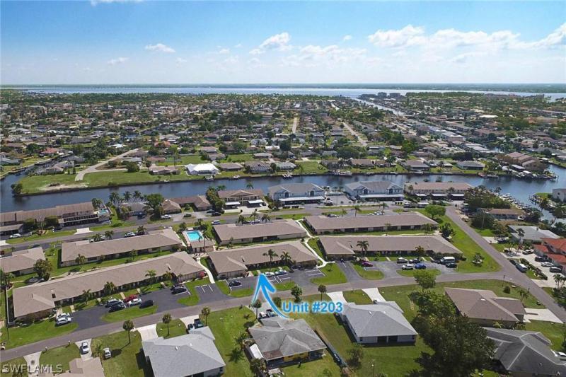 For Sale in CARLETON PLACE CONDO CAPE CORAL FL