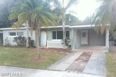 For Sale in COUNTRY CLUB HOMES FORT MYERS FL