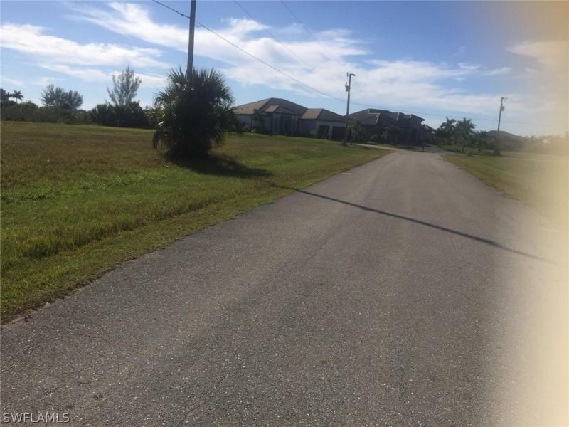 1430 Nw 41st Place, Cape Coral, Fl 33993