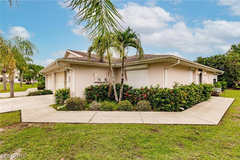 For Sale in VILLAGES OF BETHANY TRACE LEHIGH ACRES FL