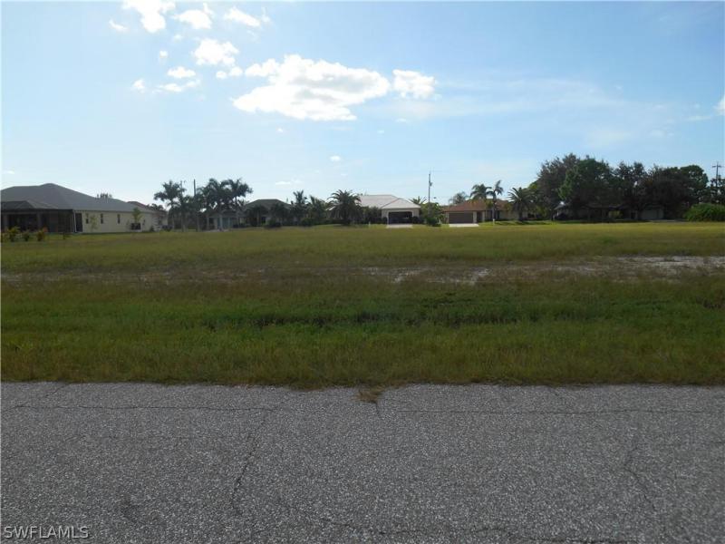 406 Nw 37th Avenue, Cape Coral, Fl 33993