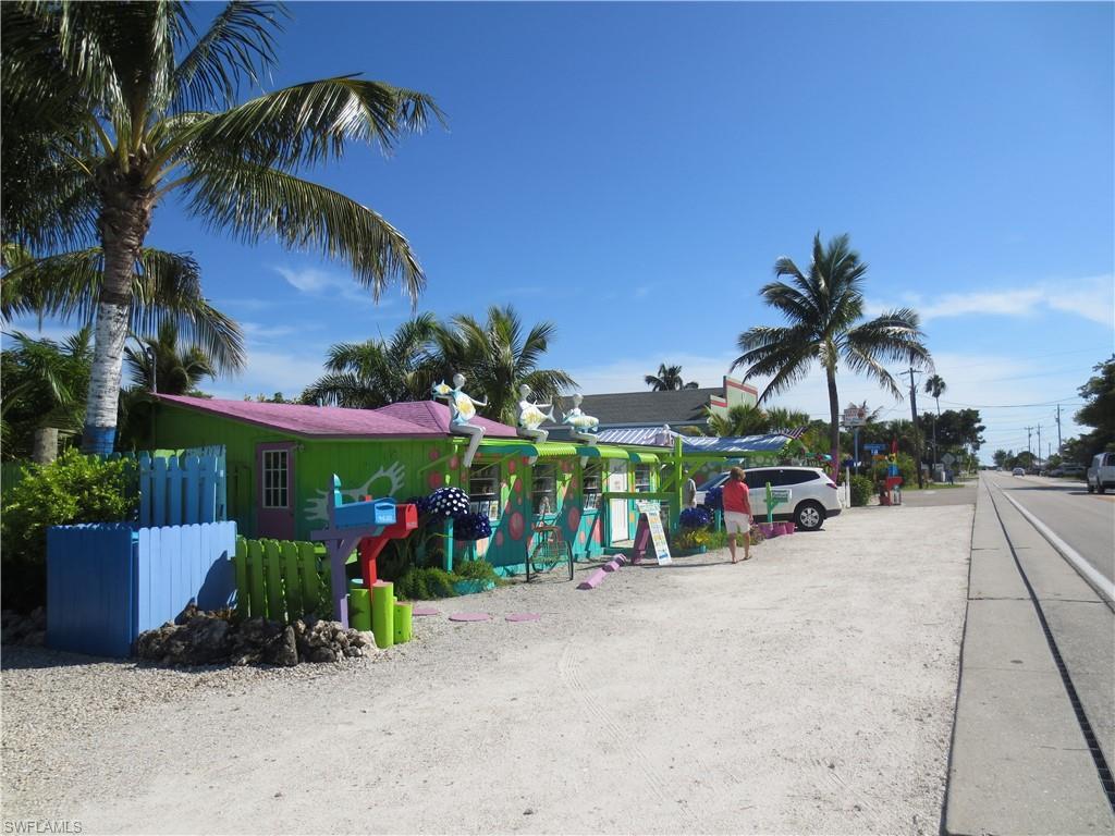 1003 Ne 10th Place, Cape Coral, Fl 33909