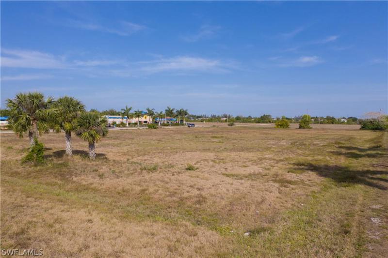 1195 Sw Pine Island Road, Cape Coral, Fl 33991