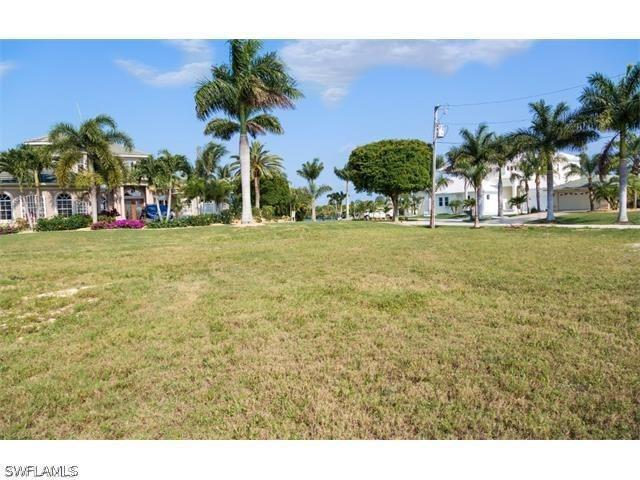 2824 Sw 42nd Lane, Cape Coral, Fl 33914