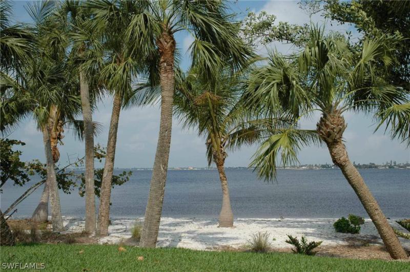 48 Ft Boat Slip At Gulf Harbour G 15 , Fort Myers, Fl 33908