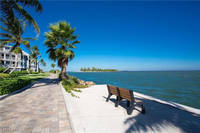 For Sale in LAND