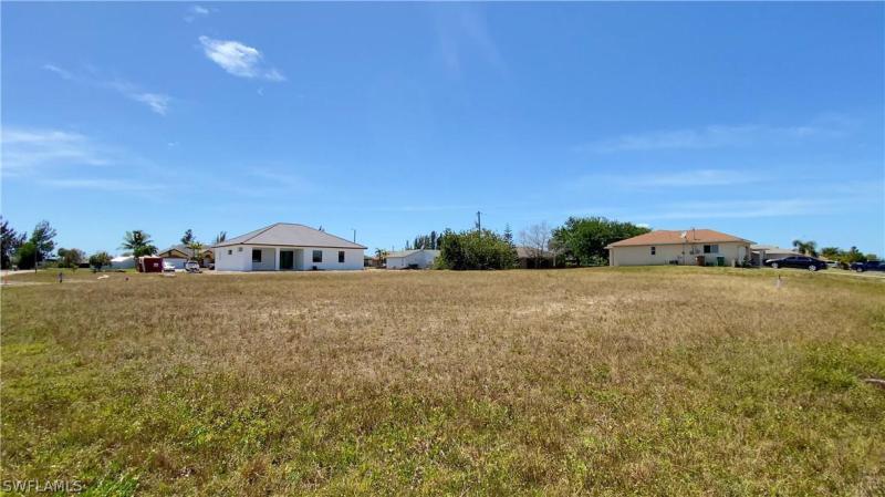 424 Se 14th Terrace, Cape Coral, Fl 33990