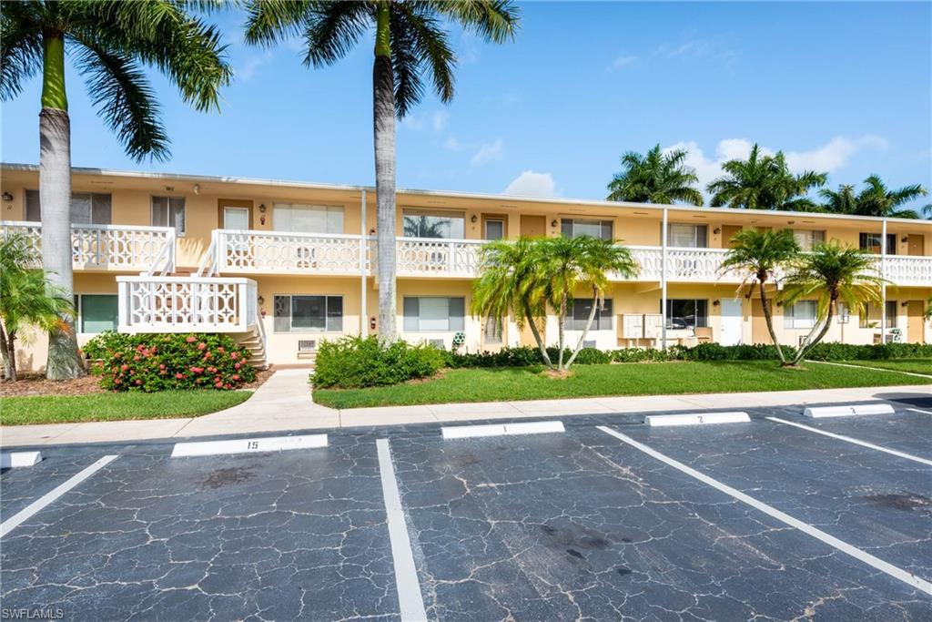 For Sale in KINGS POINT FORT MYERS FL