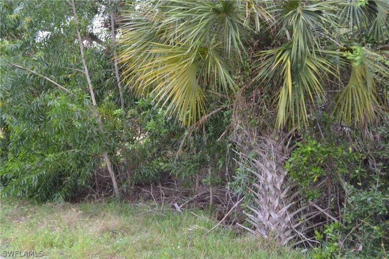 3545 Stabile Road , ST. JAMES CITY, FL  33956 $107,000