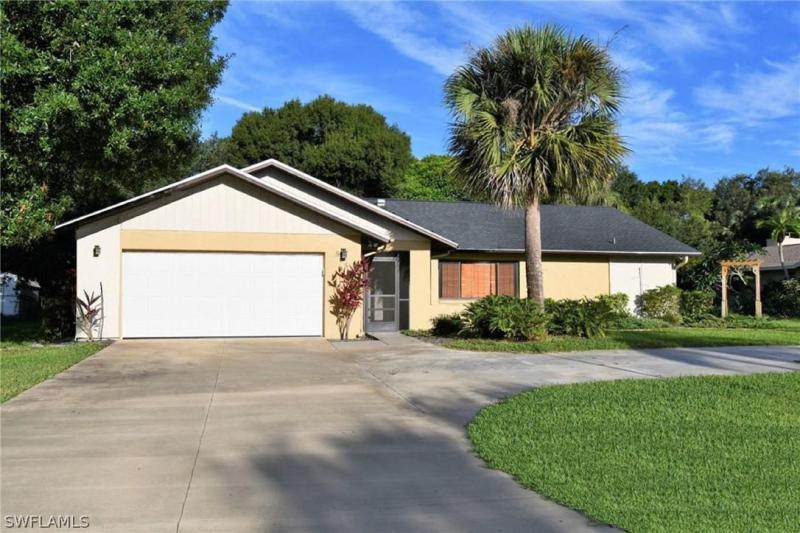 New listing For Sale in LOCHMOOR NORTH FORT MYERS FL
