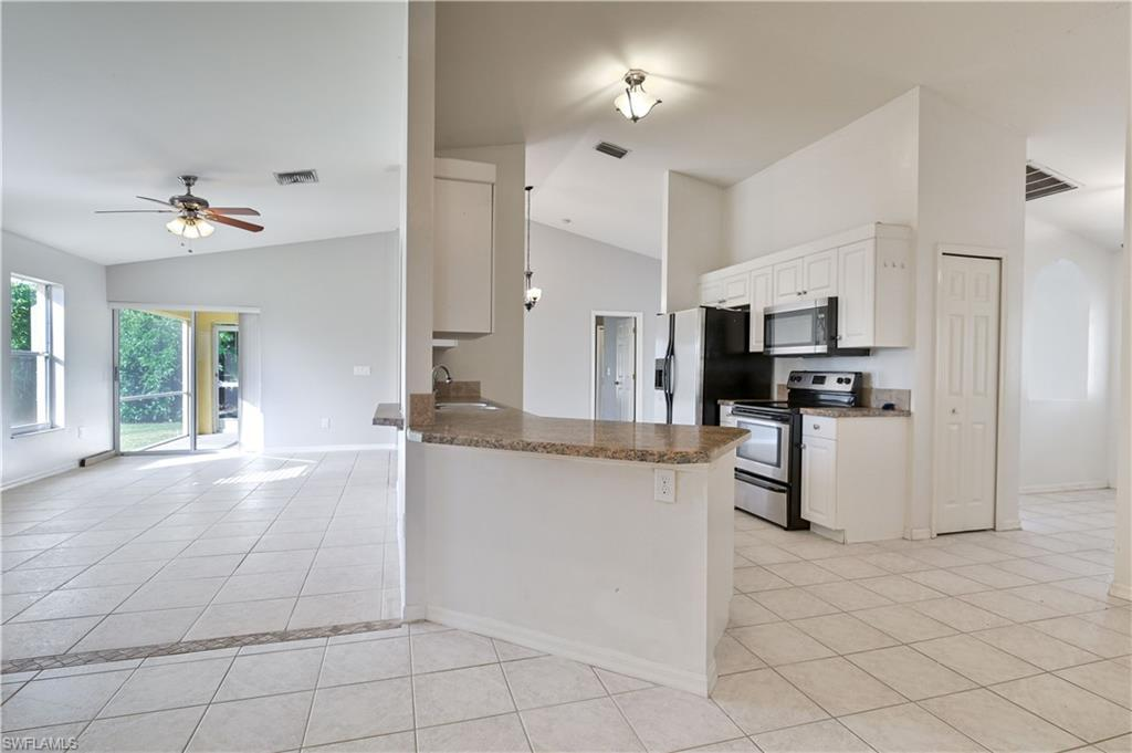 522 Se 10th Street, Cape Coral, Fl 33990