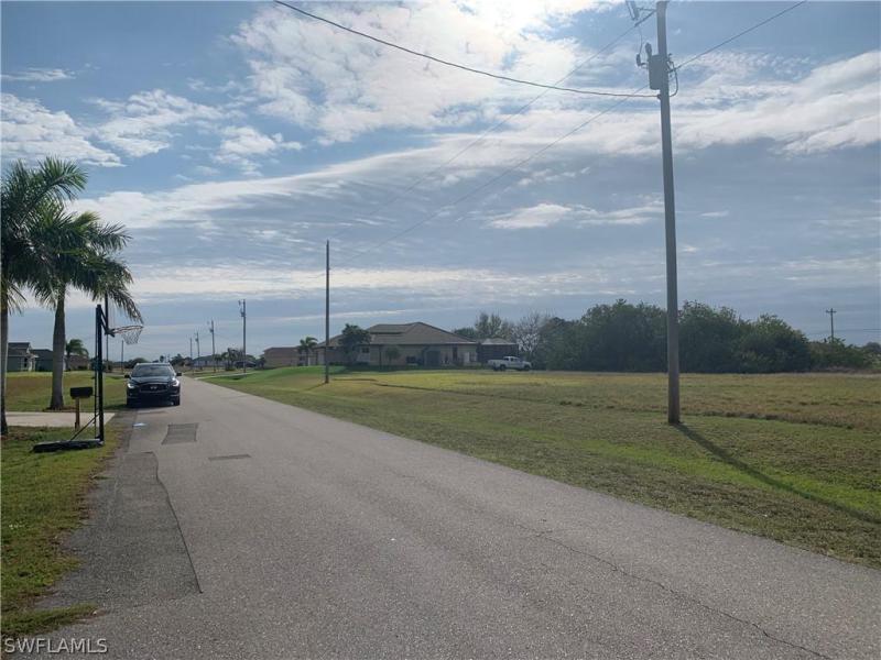 204 Ne 15th Terrace, Cape Coral, Fl 33909