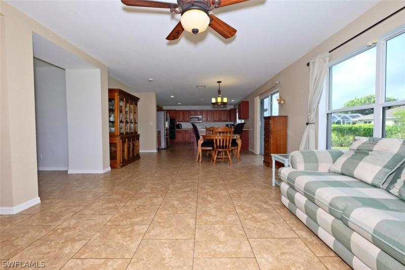 2422 Nw 19th Place, Cape Coral, Fl 33993