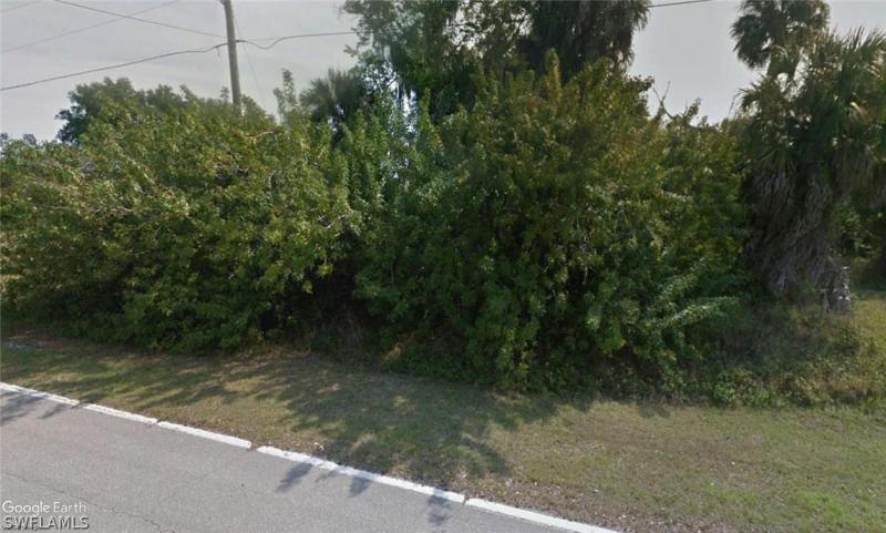 1827 Nw 28th Avenue, Cape Coral, Fl 33993