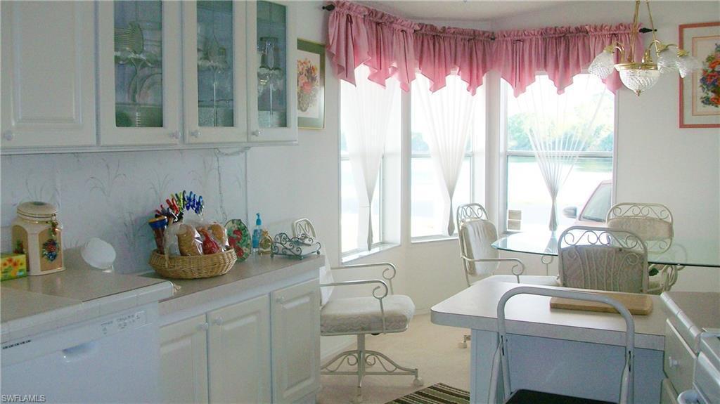 5350 Manatee Bay Lane, Fort Myers, Fl 33905