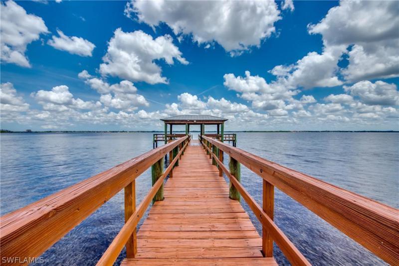 For Sale in RIVER GARDEN CONDOMINIUM FORT MYERS FL