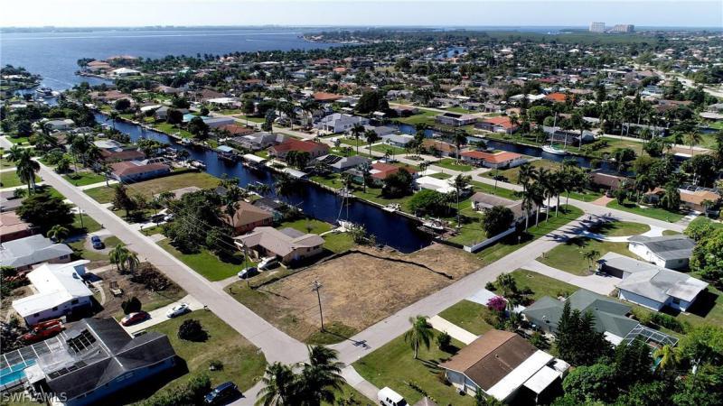 5302 Cobalt Court, Cape Coral, Fl 33904