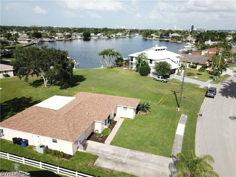 For Sale in WATERWAY ESTATES NORTH FORT MYERS FL