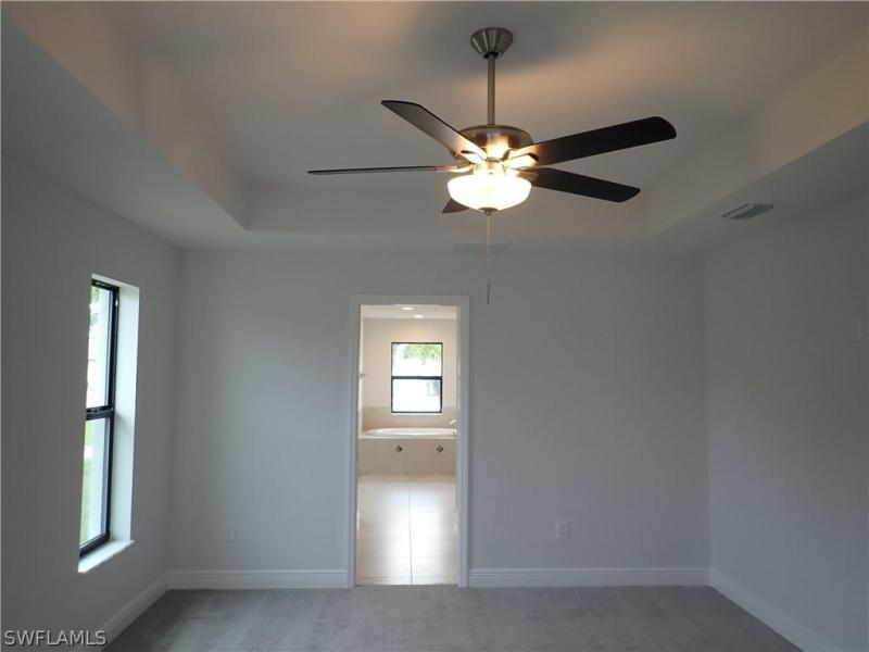 1323 Ne 2nd Street, Cape Coral, Fl 33909