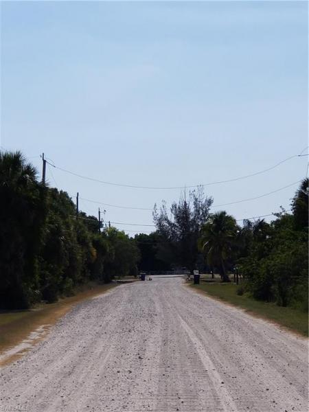 7474 Kreamers Drive, Bokeelia, Fl 33922