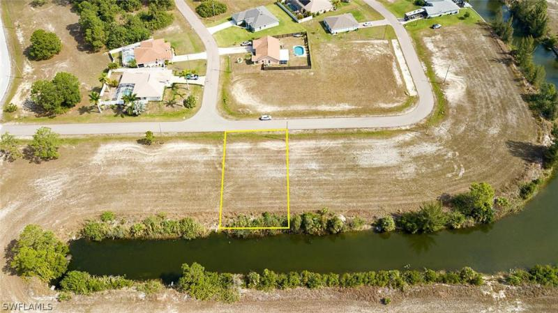 1202 Ne 37th Street, Cape Coral, Fl 33909