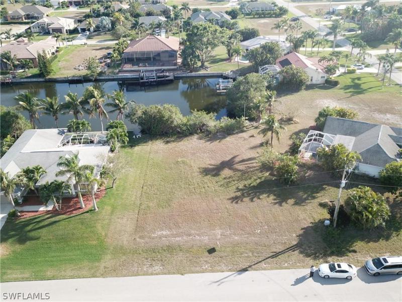 2832 Sw 33rd Terrace, Cape Coral, Fl 33914