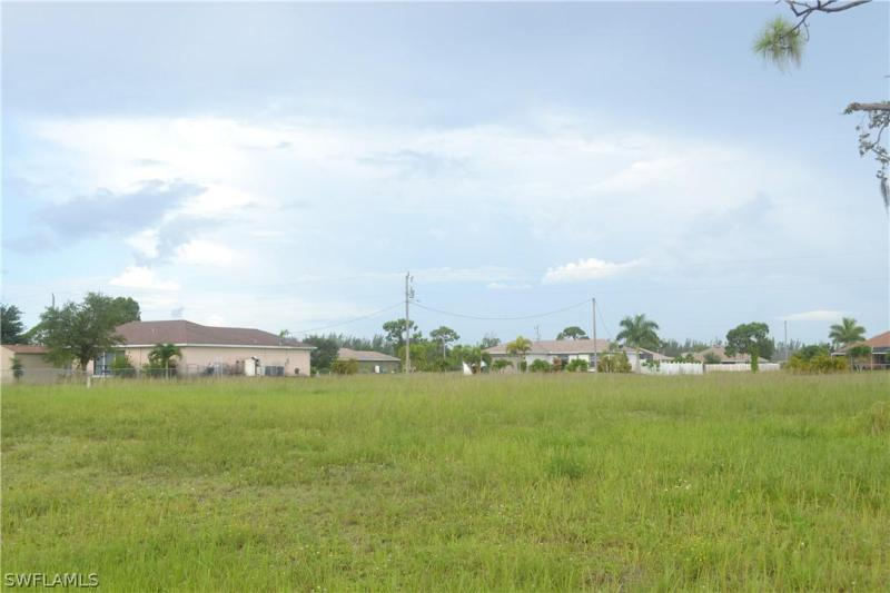 2814 Nw 18th Place, Cape Coral, Fl 33993