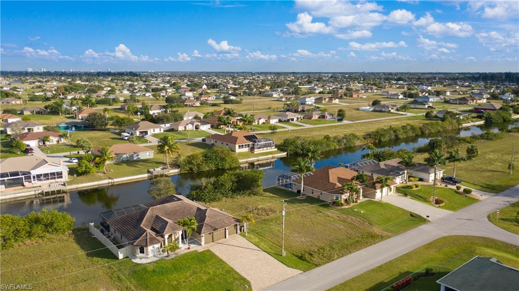 1219 Nw 9th Place, Cape Coral, Fl 33993