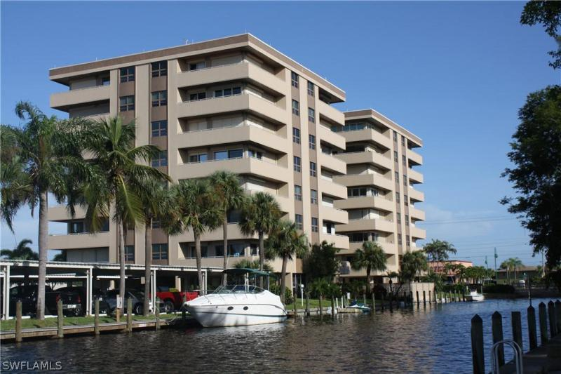 For Sale in SUNSET TOWERS CONDO CAPE CORAL FL