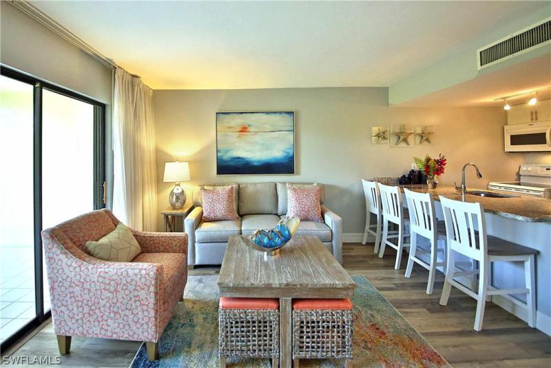 For Sale in TENNIS VILLAS Captiva FL