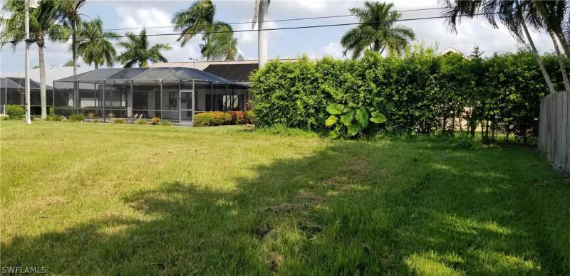 927 Sw 56th Street, Cape Coral, Fl 33914
