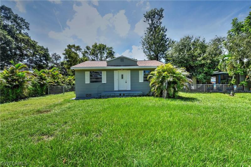 For Sale in HOLMES JAMES DIVISION FORT MYERS FL