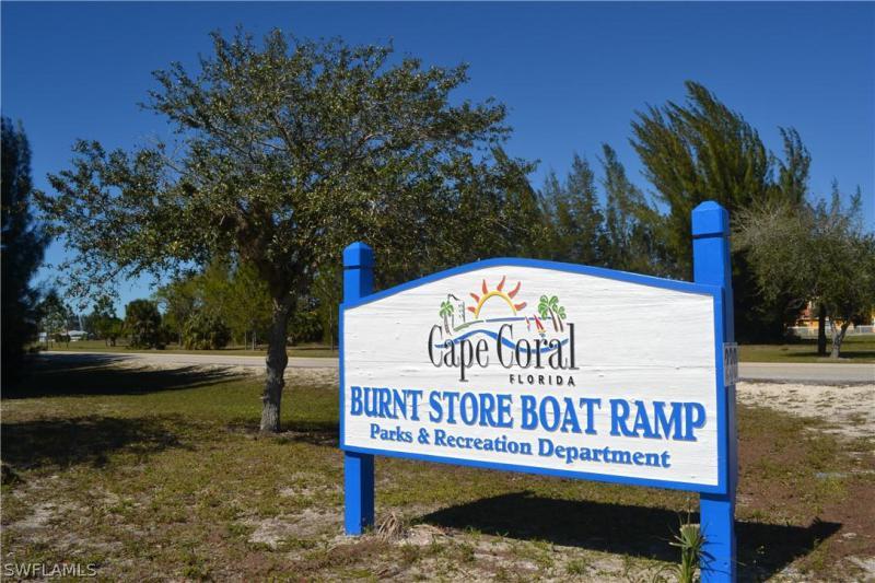 2306 Nw 25th Lane, Cape Coral, Fl 33993