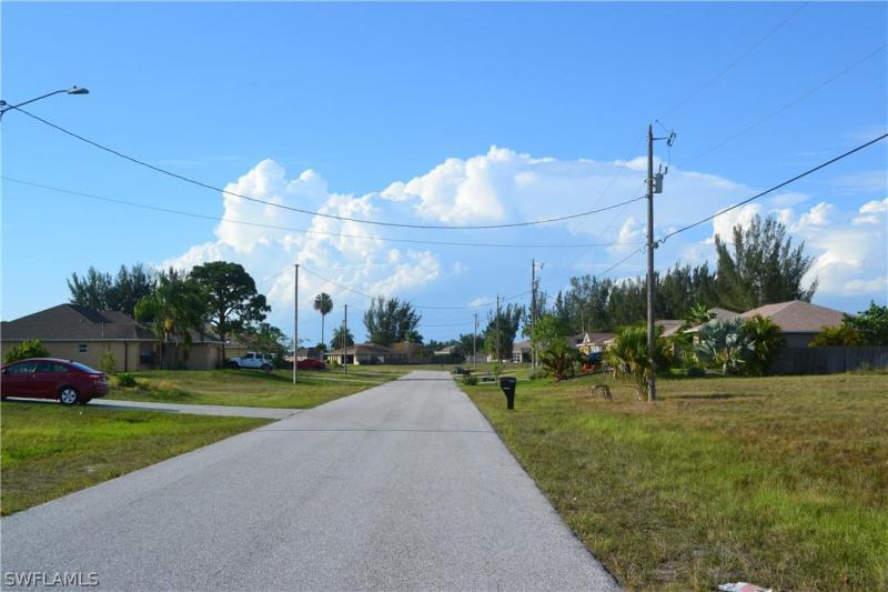 1121 Nw 21st Avenue, Cape Coral, Fl 33993
