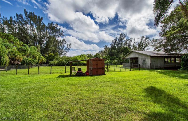 1160 Sw 20th Avenue, Cape Coral, Fl 33991
